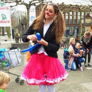 Clown Kimmy versterkt clown.nl